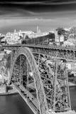 Żelazny bridżowy d Luiz w Oporto, Portugalia Zdjęcie Royalty Free