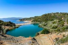 Elba& x27; isla de s, lago negro en Toscana imagen de archivo libre de regalías