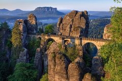 Elbe-Ansicht von Bastei, Sachsische Schweiz lizenzfreies stockfoto