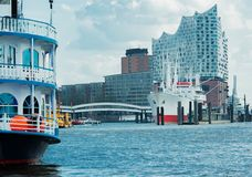 Elbe Filharmoniczny Hall w Hamburg na Elbe obrazy royalty free