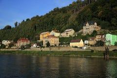 Elbe Rivier, de Muur van Sheperd, Tetschen-Kasteel, Decin, Tetschen, Tsjechische Republiek Royalty-vrije Stock Foto's