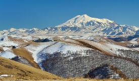 Kick av Caucasus arkivbild