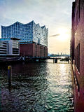 Elbphilharmonie en la puesta del sol Fotografía de archivo libre de regalías