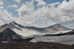 Elbrus del sur Foto de archivo libre de regalías