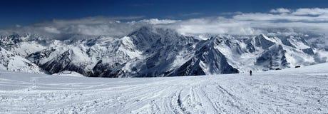 Elbrus Kaukasus, Ryssland Arkivfoto