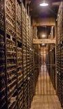 Elciego, à  lawa, Hiszpania Kwiecień 23, 2018: Sala dokąd Rioja wina przechują, specjalna rezerwa wytwórnie win dzwonił Marqu Obrazy Stock