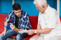 Elder man needing help Royalty Free Stock Photo