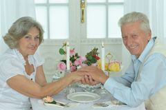 Elderly couple dating together Royalty Free Stock Photography