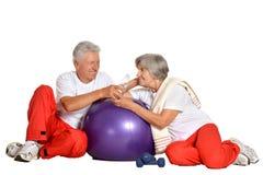 Elderly couple exercising Royalty Free Stock Photos