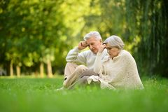 Elderly couple in park Royalty Free Stock Photography
