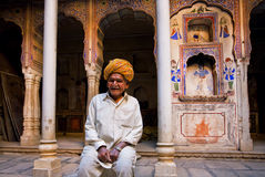 Elderly man in a turban smiles Royalty Free Stock Photography