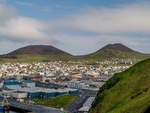 Eldfell en Helgafell-Vulkanen Royalty-vrije Stock Foto