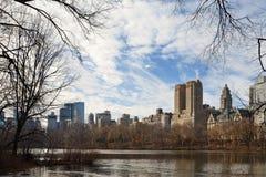 Eldoradogebäude hinter Central Park Stockfoto