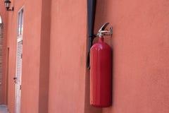 Eldsläckarebehållare arkivbild