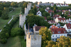 Ele citywall de Visby do local do patrimônio mundial do Unesco em Gotland no sueco Fotografia de Stock