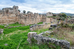 Elea Velia i romerska tider, är en forntida stad av Magna Grecia Royaltyfri Fotografi