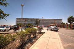 Eleazar Guzman Barron Hospital i nya Chimbote, Peru royaltyfria foton
