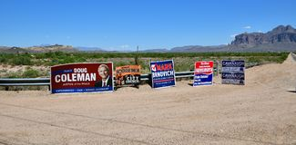 USA Midterm Elections 2018: Election Posters at a Crossroads in Arizona royalty free stock images
