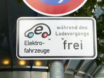 Electric car sign Royalty Free Stock Photography