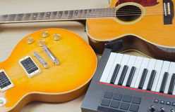 Electric guitar and keyboard  musical  isoled Royalty Free Stock Images