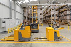 Free Electric Pallet Truck Stock Photos - 111366063