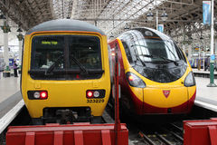Electric trains in Manchester Piccadilly station Royalty Free Stock Photography