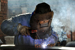 Free Electric Welding Royalty Free Stock Photography - 20091037