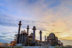 Electricidad de la central eléctrica del ciclo combinado del gas natural que genera la estación fotos de archivo libres de regalías