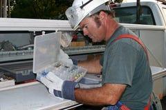 Electricista con las herramientas foto de archivo libre de regalías