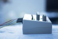 Electroacupunture-acupunture Maschine Stockfotografie