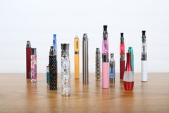 Free Electronic Cigarettes Stock Images - 38289274