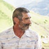 Elederly Mann mit Schnurrbartprofilansicht lizenzfreies stockbild