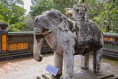 Elefant på den Khiem gravvalvet av Tu Duc i Hue Vietnam Royaltyfri Foto