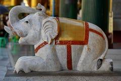 Elefant in Shwedagon Paya royalty-vrije stock foto