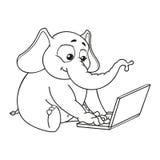 Elefant Sitter på datoren Arbete på internet Kommunikation i nätverket Vektor tecknad film vektor illustrationer