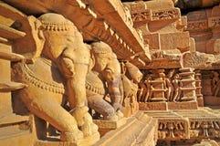 Elefant-Skulpturen bei Khajuraho, Indien. UNESCO-Welterbestätte. Lizenzfreie Stockfotografie