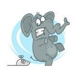 Elefant som skrämmas av den mekaniska musen stock illustrationer
