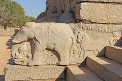 Elefant Steinflachreliefs auf den Wänden in den Tempeln Hampi Carvi Stockfotografie