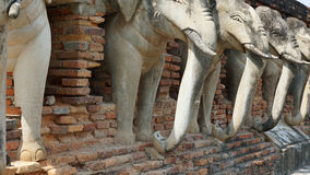 Elefant sur le temple Photographie stock libre de droits
