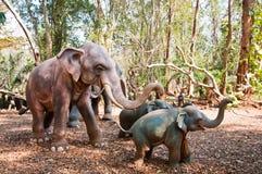 Elefantbaumuster in Jampasak Stockbilder