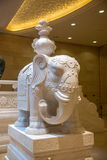 Elefante bianco di marmo bianco del Myanmar del palazzo di Lingshan Vaticano di area scenica della montagna di Lingshan Buddha Immagini Stock Libere da Diritti