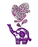 Elefante de la tarjeta del día de San Valentín con el corazón Fotografía de archivo