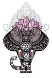 Elefante del vector del estilo del vintage con la corona adornada de la mandala del loto Imagenes de archivo