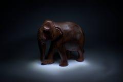 Elefante di legno fotografia stock