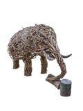 Elefante di legno del mestiere in isolato in Fotografia Stock