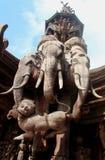 Elefante di legno di Erawan della statua in santuario di verità Immagini Stock