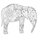 Elefante disegnato a mano dello zentangle con la mandala per antistress adulto illustrazione di stock