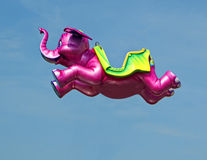Elefante rosa volante Fotografia Stock Libera da Diritti