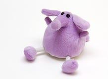 Elefante roxo do brinquedo fotografia de stock royalty free