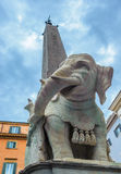 Elefante y obelisco por Bernini en el della Minerva, Roma, I de la plaza imagen de archivo libre de regalías